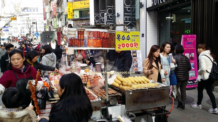 20150314_165003Myeongdong%20Street%20Food%20Alley.jpg
