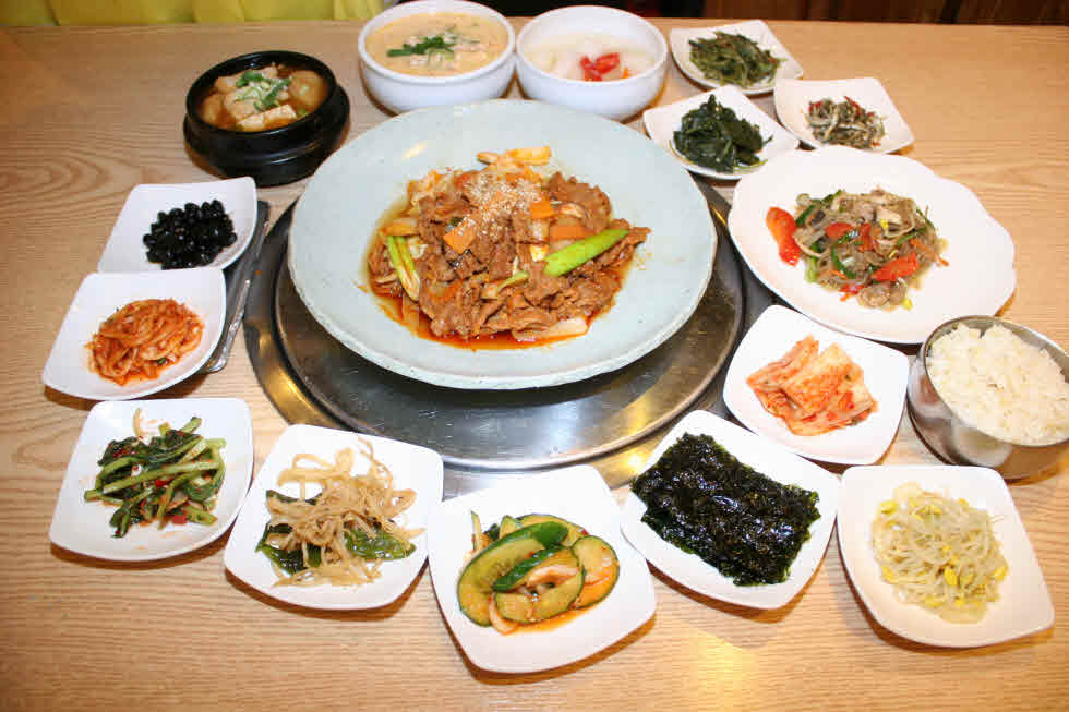 Pork Bulgogi set is only 8,000 won